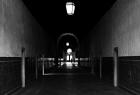 """""""Mroki oświecone"""" - fot. Barbara Kubinowska - Nagroda za najlepszą fotografię w kategorii """"Architektura"""" wśród studentów."""